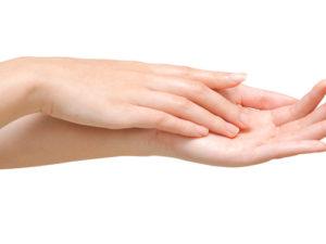 ジェルネイルに必要な爪の長さは