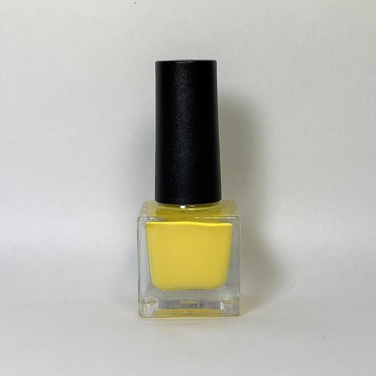ネイルポリッシュ S14 Light Yellow