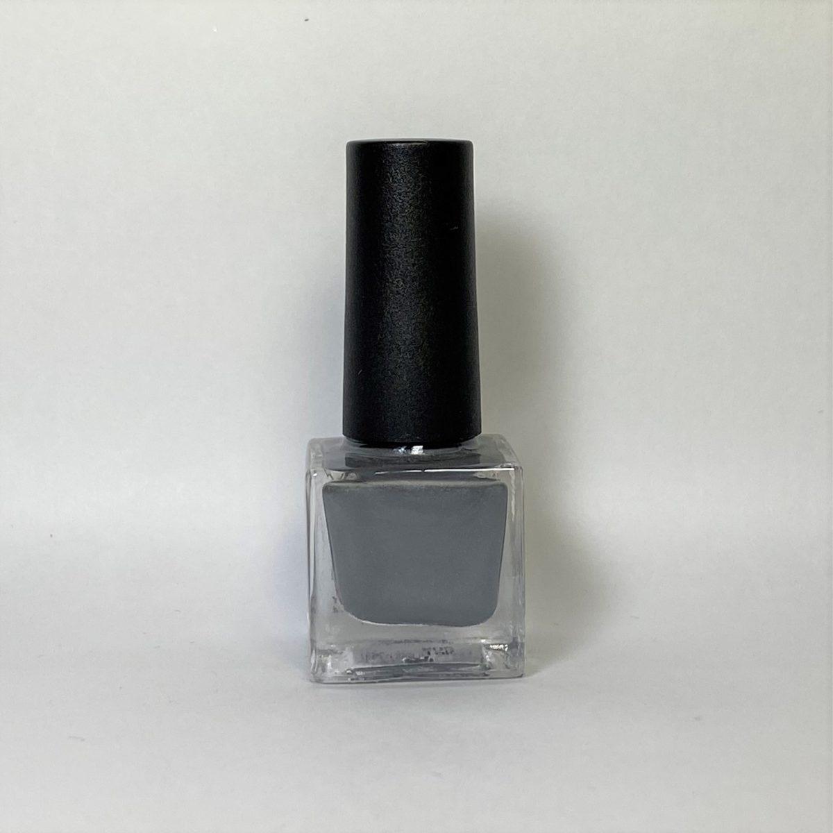 ネイルポリッシュ R02 Gray