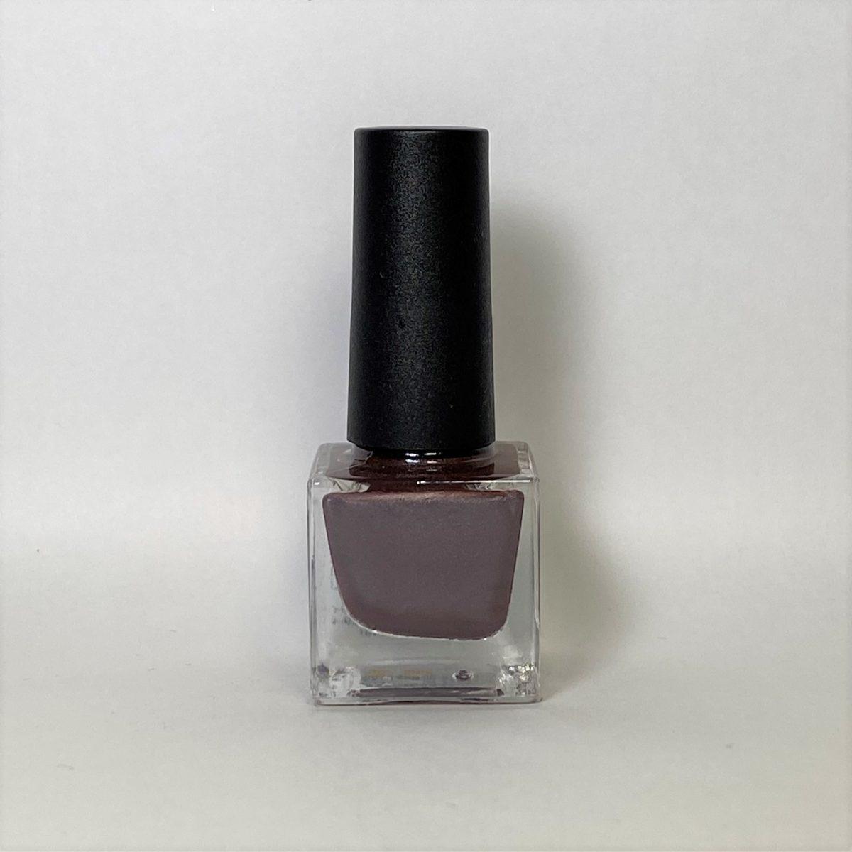 ネイルポリッシュ R04 Brown