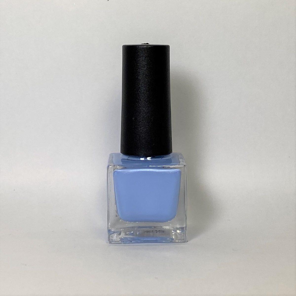 ネイルポリッシュ R18 Light Blue