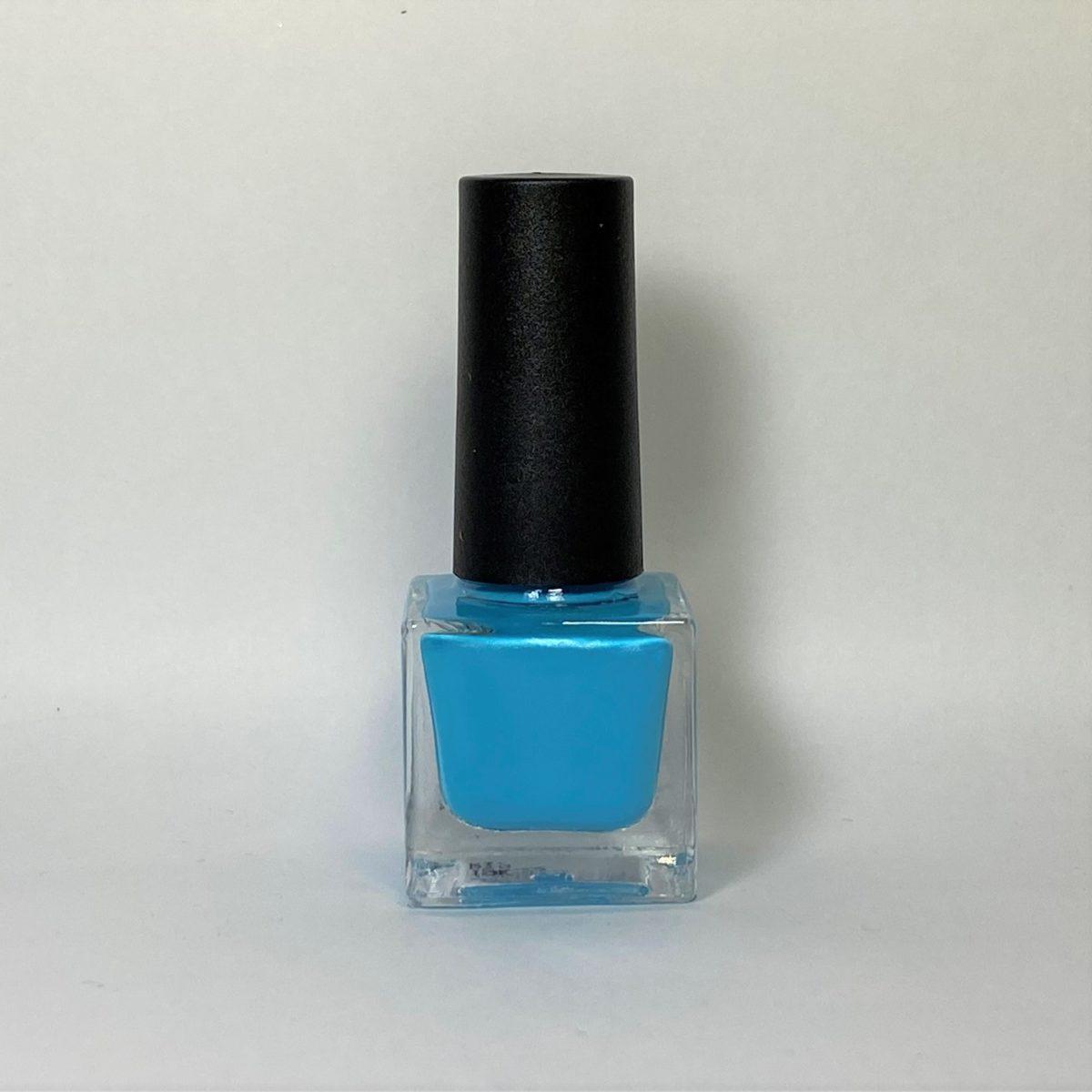 ネイルポリッシュ R19 Light Sky Blue