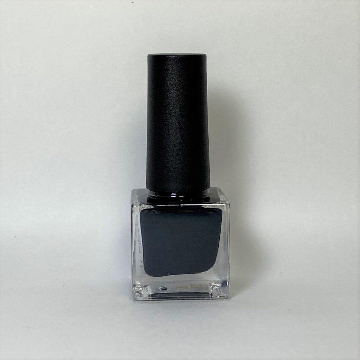ネイルポリッシュ C03 Black