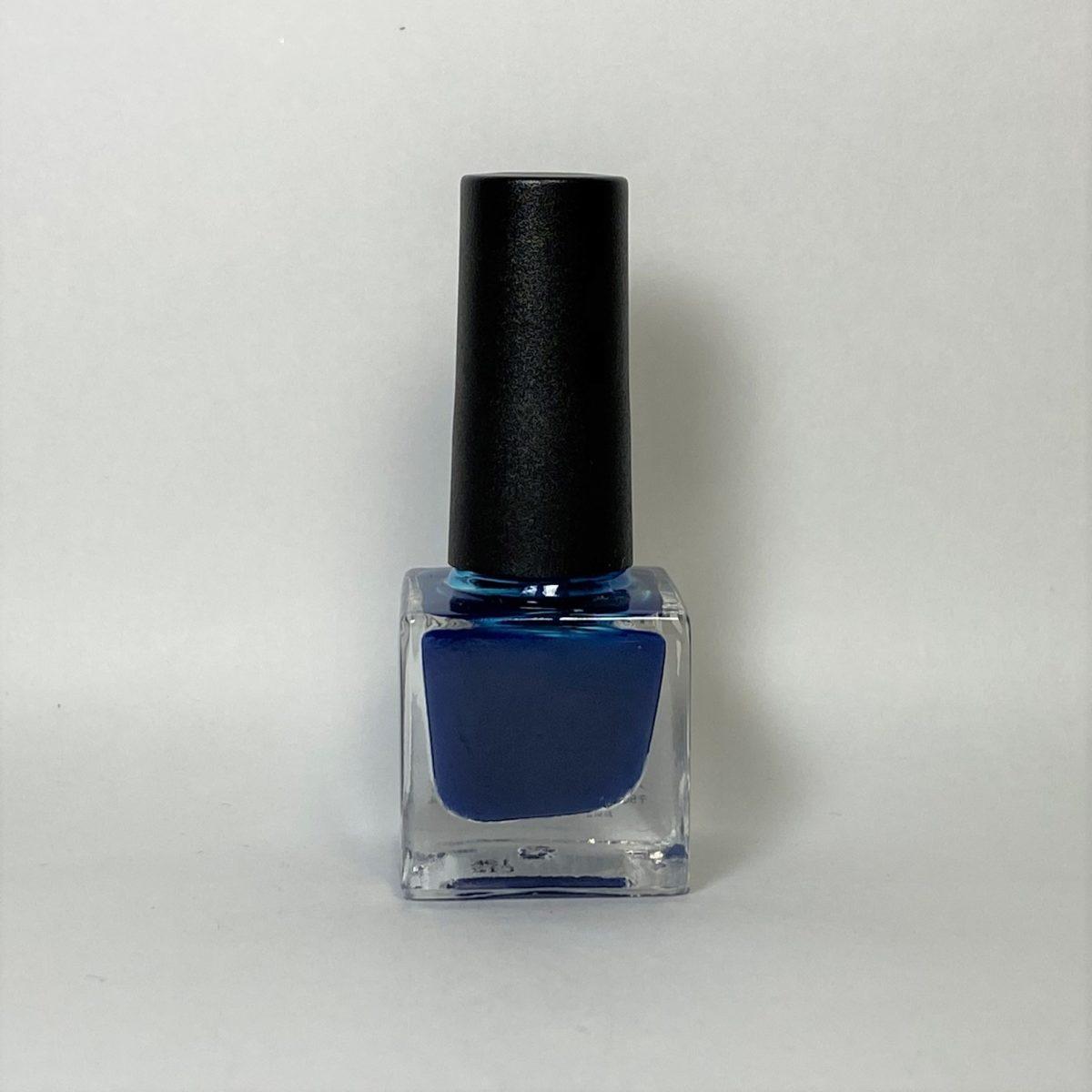 ネイルポリッシュ C12 Blue