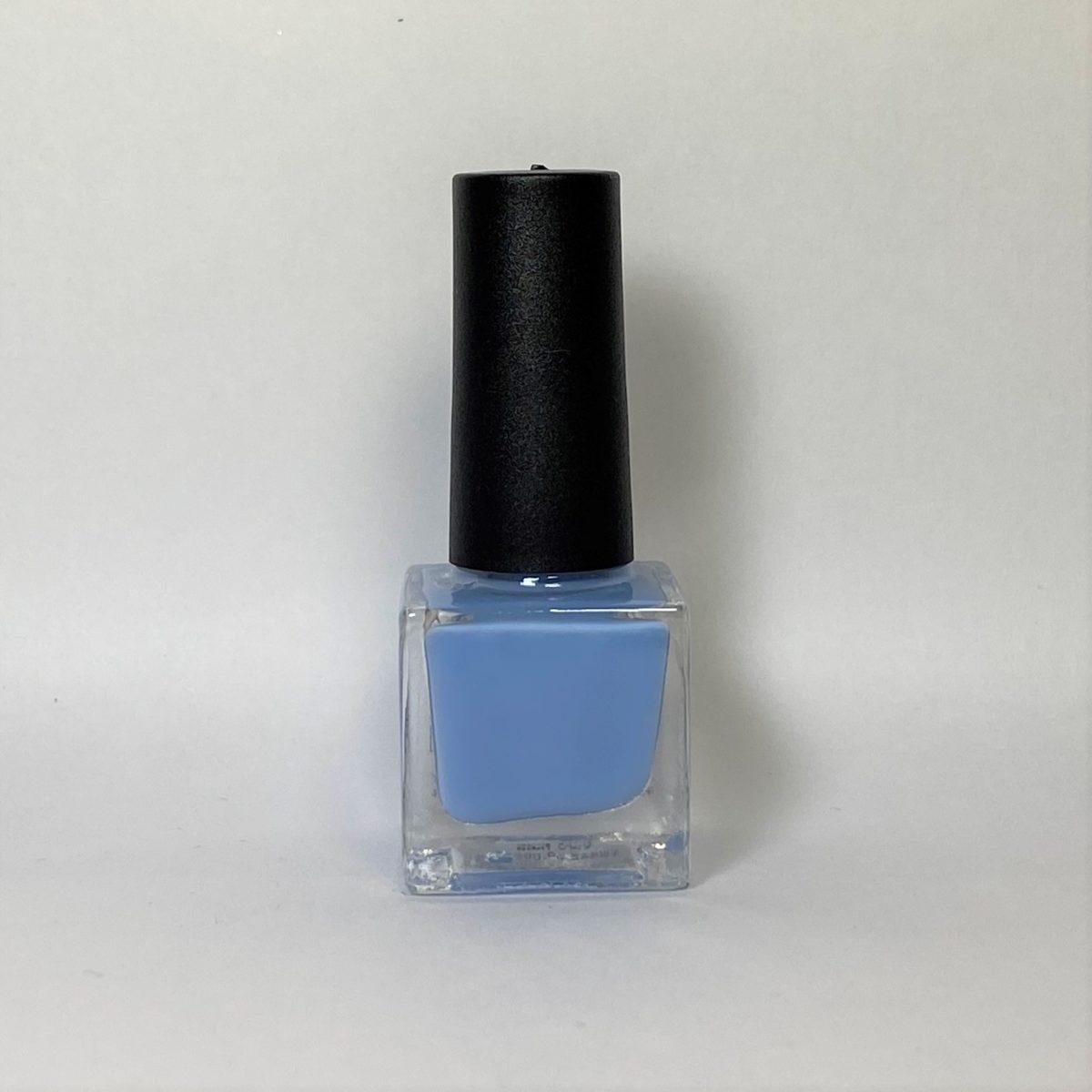 ネイルポリッシュ C18 Light Blue