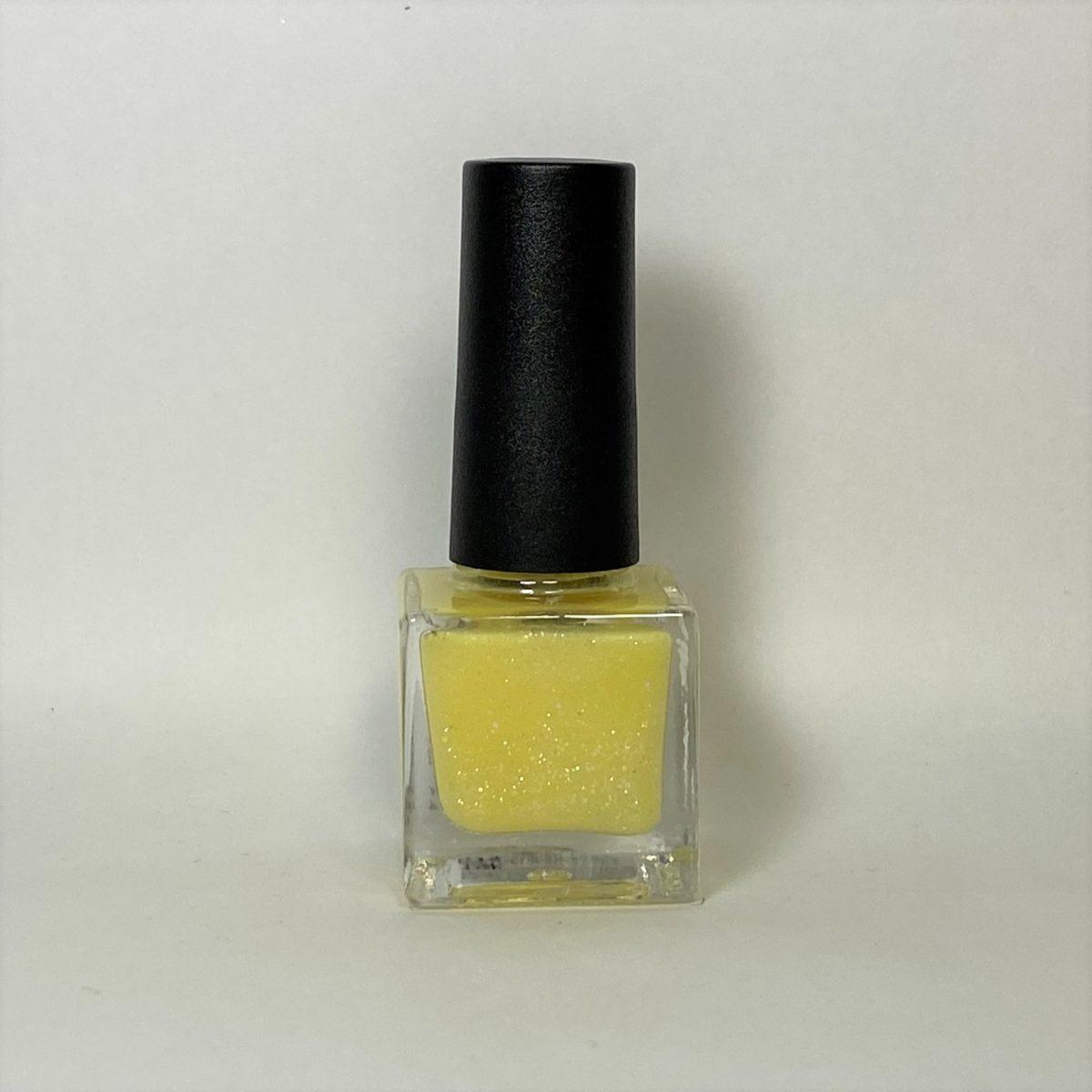 ネイルポリッシュ G14 Light Yellow