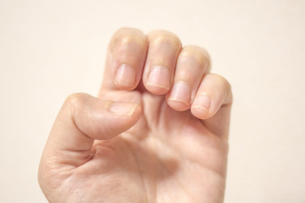 爪への負担
